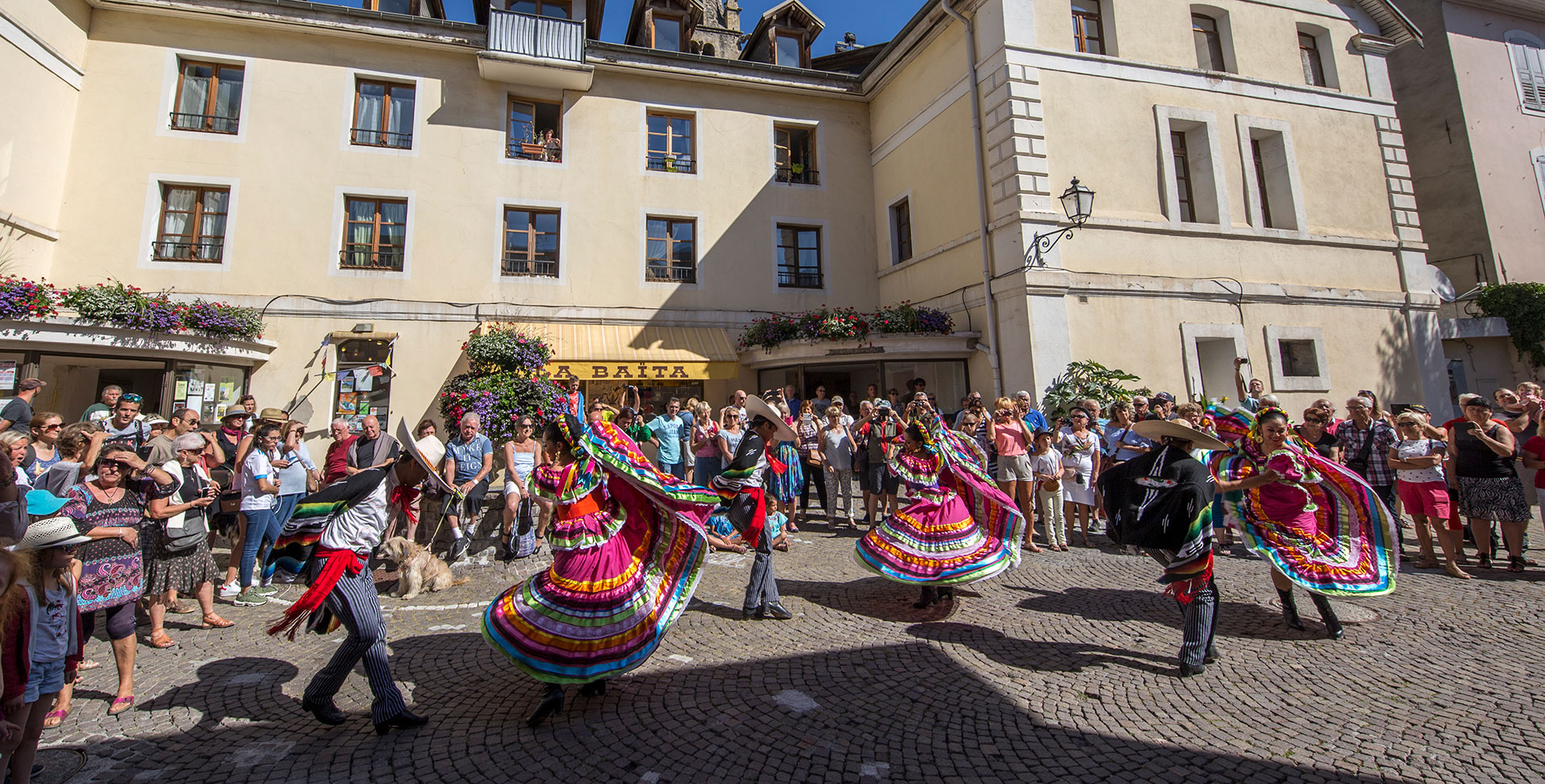 Take advantage of the charm of Barcelonnette<br>and its Mexican atmosphere